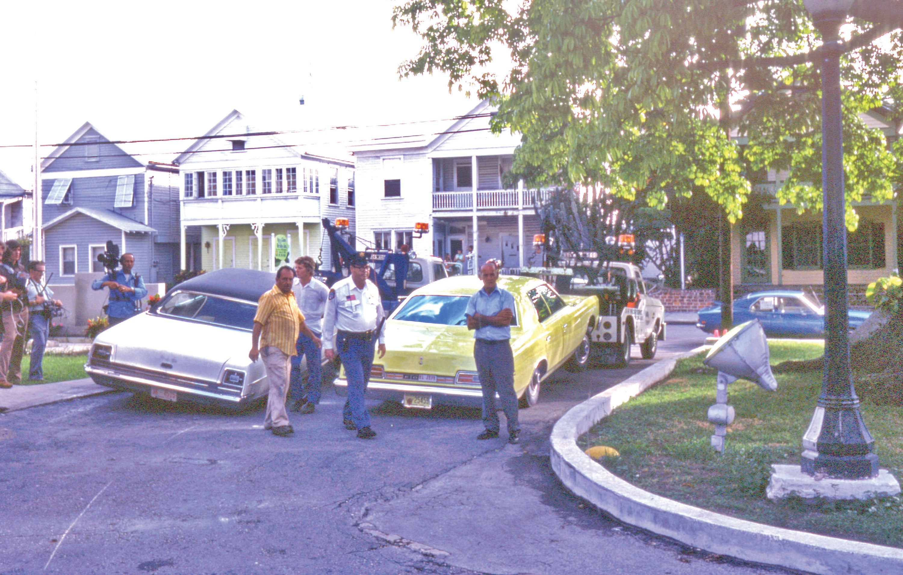 Fire Chief Bum Farto's car being towed after his arrest during Operation Conch in September 1976.